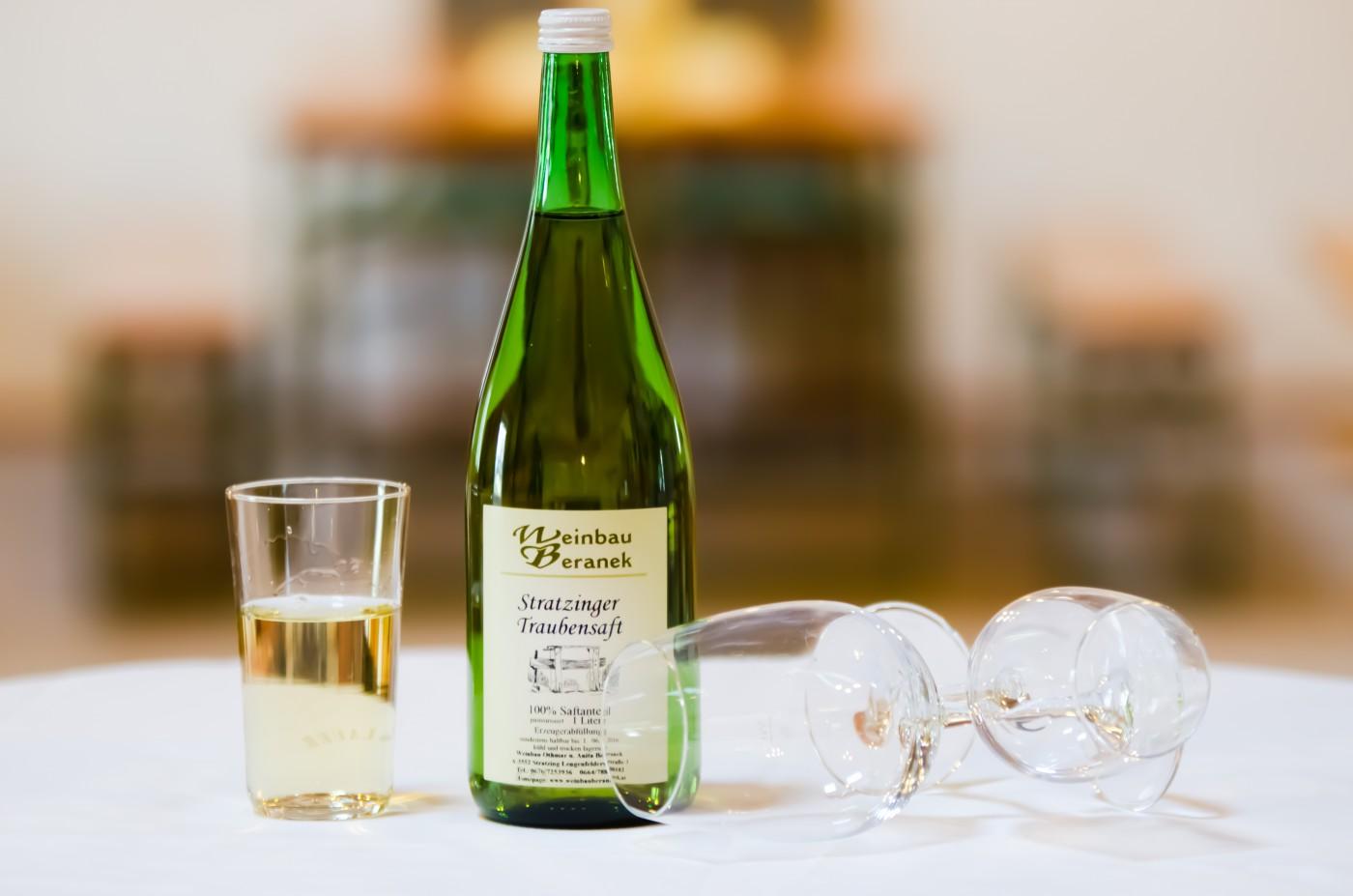 Stratzinger Traubensaft weiss - Weinbau Beranek